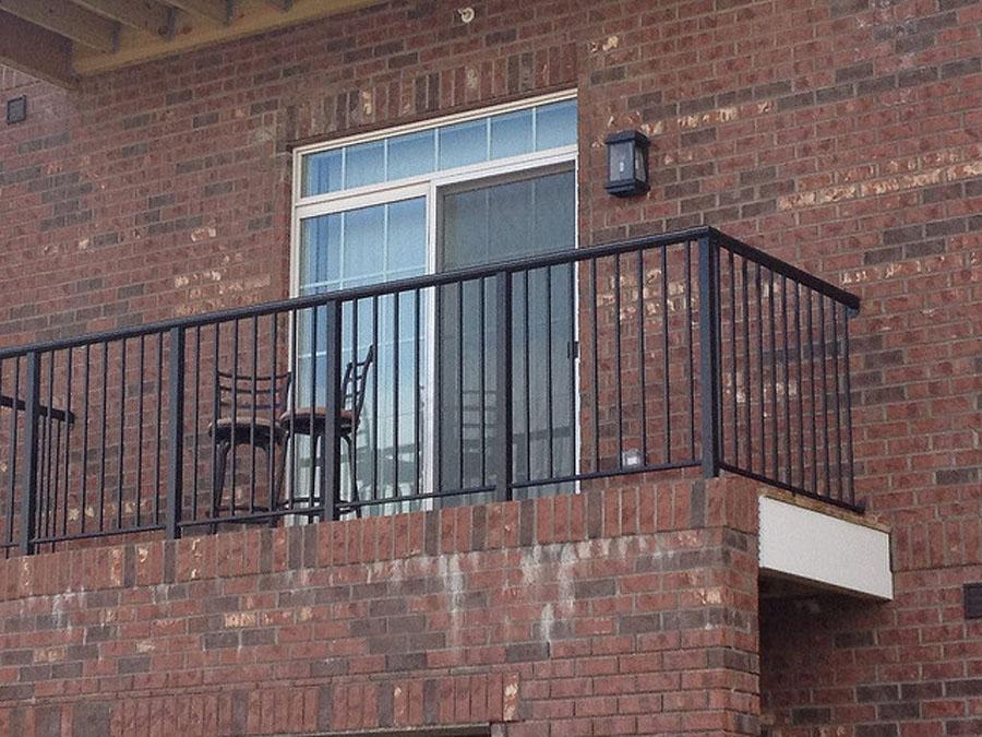 metal picket railings